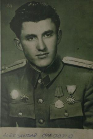 OD MAJORA DO DISIDENTA Aleksandar Opojević