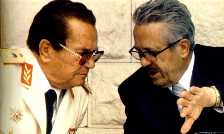 GLAVNI RANKOVIĆEV PROTIVNIK Tito u razgovoru sa Edvardom Kardeljom