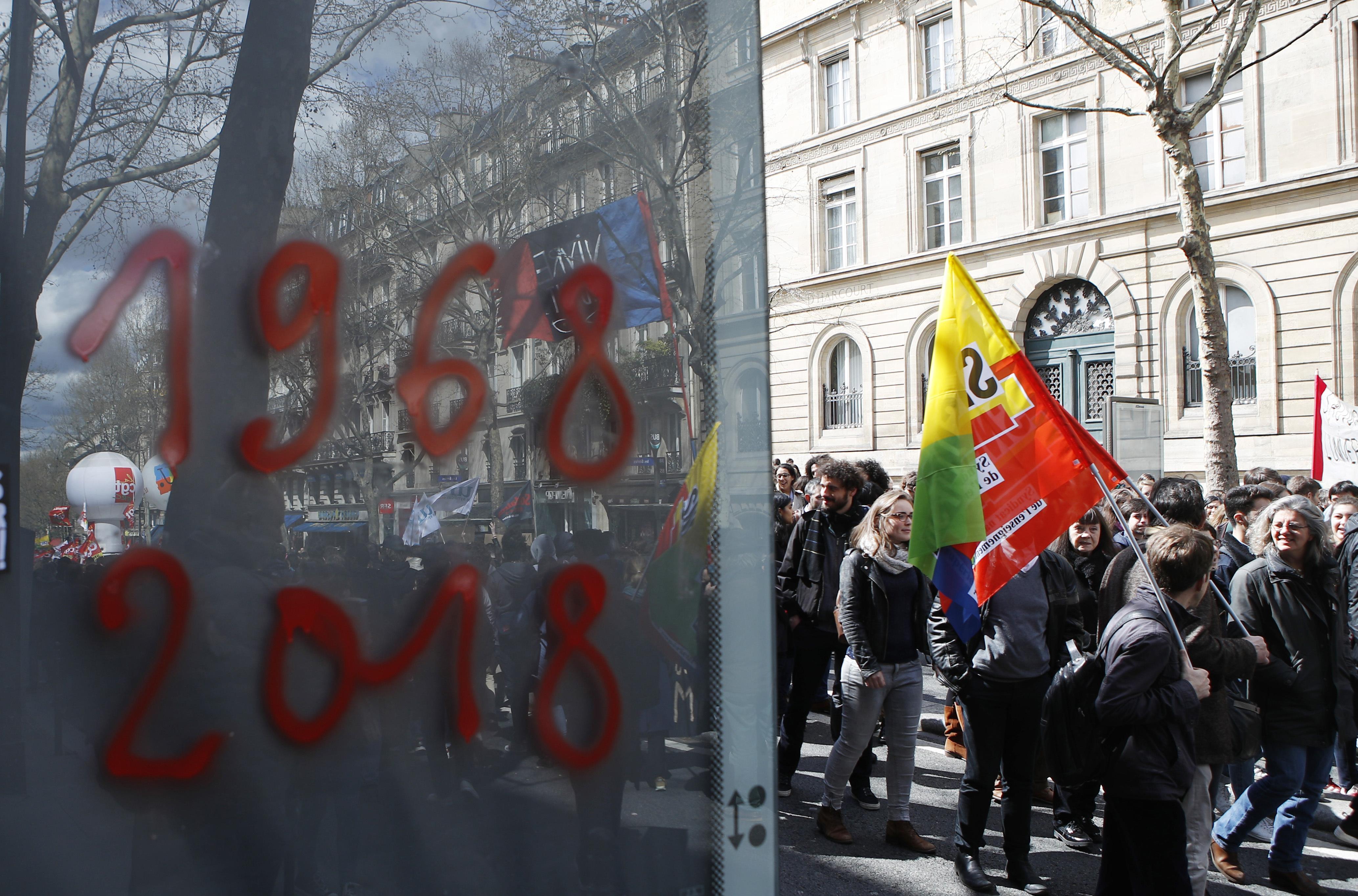 (AP Photo/Francois Mori, File)