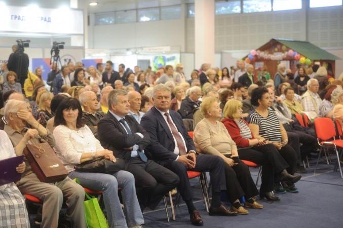 Predsednici Izvršnih odbora Dunav osiguranja i Banke Poštanska štedionica na svečanom otvaranju