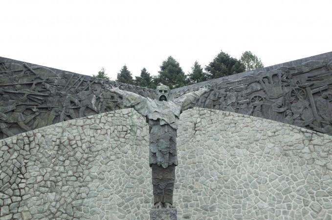 Spomenik Matiji Gupcu, rad Antuna Augustinčića