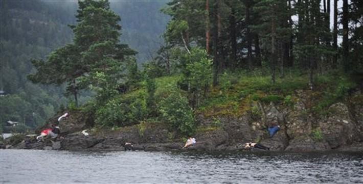 SVET bodies-norway-anders-behring-breivik-utoya-072211jpg-641763ef808a13fe