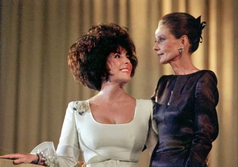 Elizabet Tejlor i Odri Hepbern 1991. godine